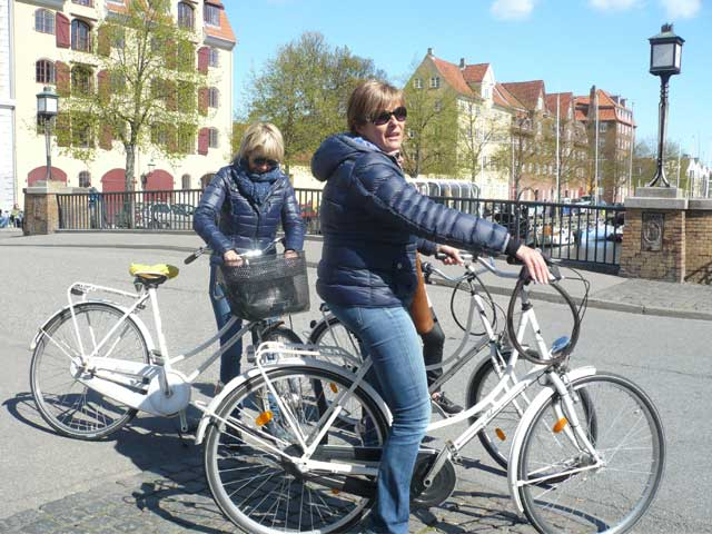 cycling Copenhagen with a guided tour